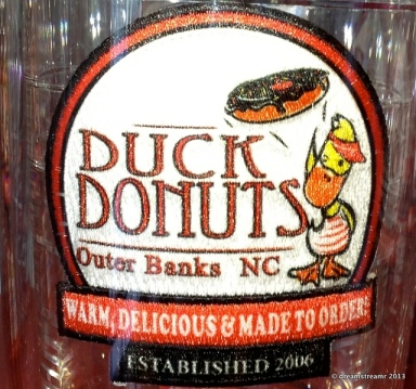 picture of Duck Donuts sign